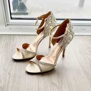 Wedding shoes Badgley Mischka Womens Roxy